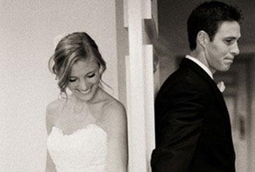 Genius Wedding Idea Photos Before The Ceremony