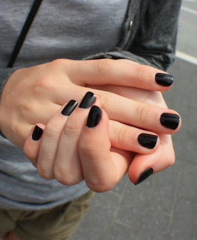 Short black nails fashion 35