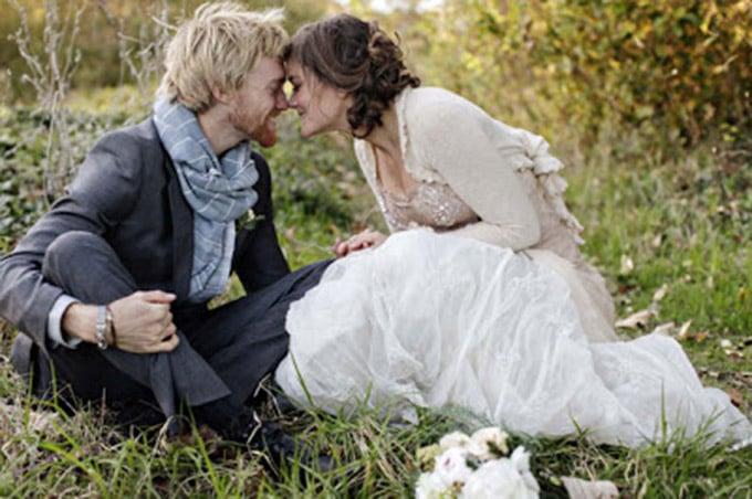 cardigan-sweater-wedding-dress-braedon-photography-1