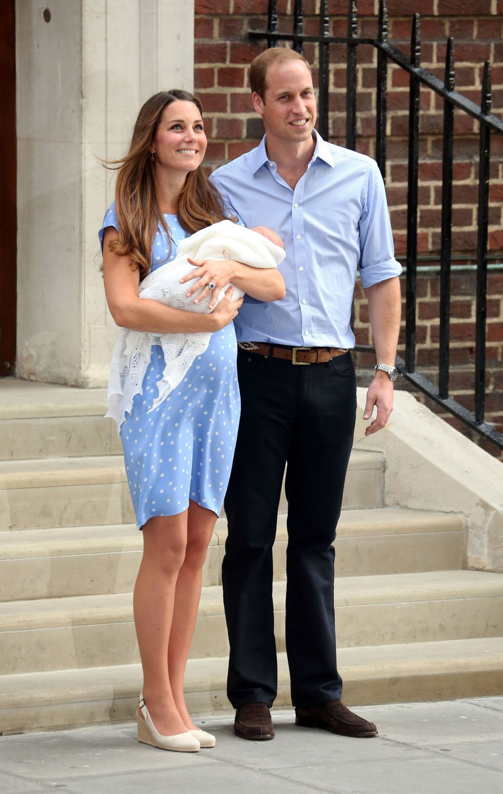 Prince George birth kate middleton dress