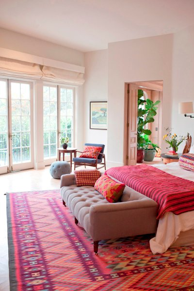 Home Inspiration: Pink And Red Rugs