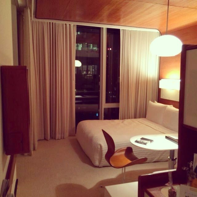 So On Saay Morning We Booked A Room Through The Genius Hotel Tonight Which Releases Ed Rooms Every