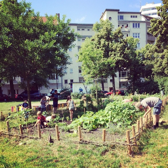community-garden-motherhood-berlin