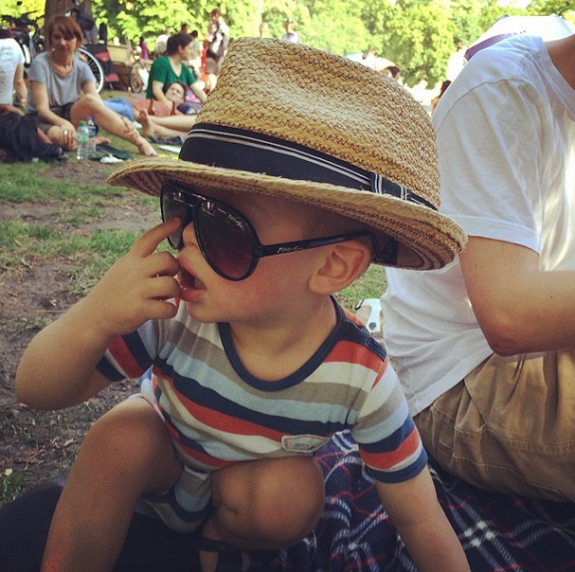 hugo-sunglasses-berlin-park
