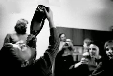 kid-drinking-owen-franken-corbis-620x427-620x413