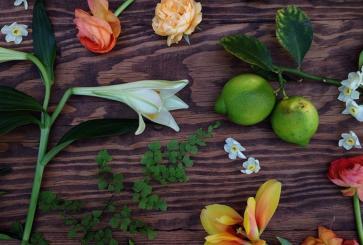 how-to-buy-deli-flowers-