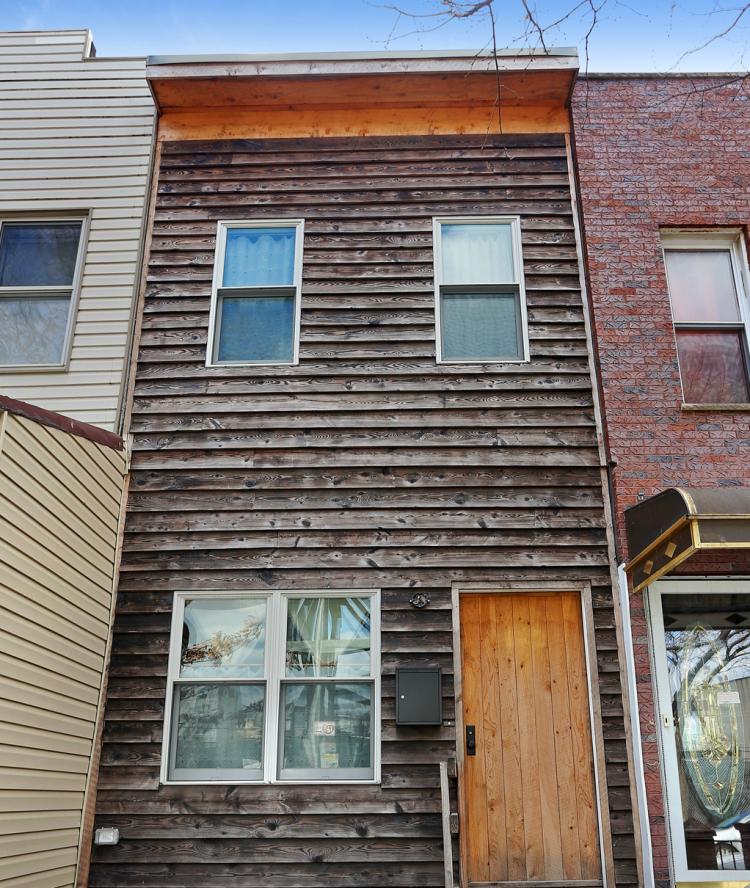 skinny-narrow-house-brooklyn-for-sale