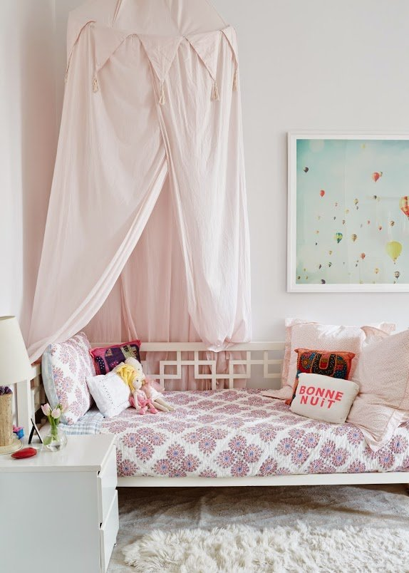 girls-bedroom-NYC-home tour-inspiration-cupofjo