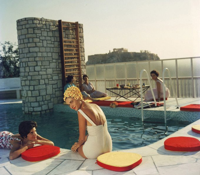 Summer Trend: Session Drinks (Photo by Slim Aarons)
