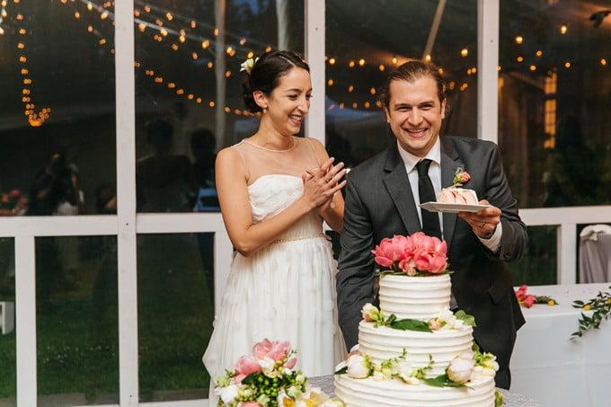 A Surprise Wedding Cake