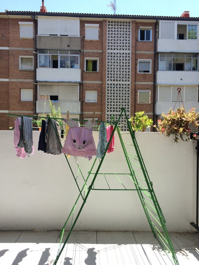 drying_clothes_terrace