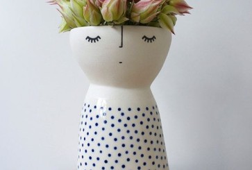 jollifiers-etsy-vase-with-face