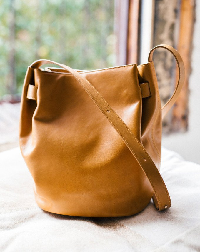 Cuyana Cinch Bag