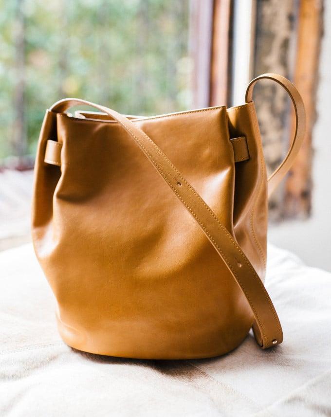 f99594e07496 Cuyana Cinch Bag