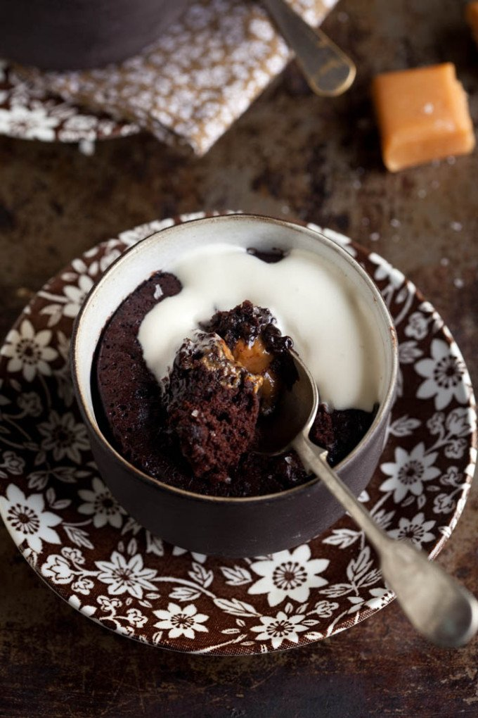 Easy chocolate Pudding With Salted Caramel