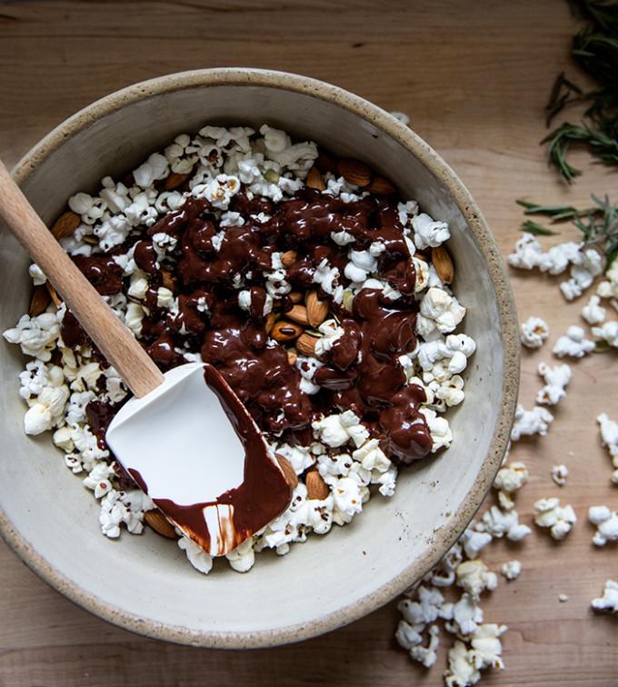 Dark Chocolate Popcorn (With Rosemary Sea Salt)