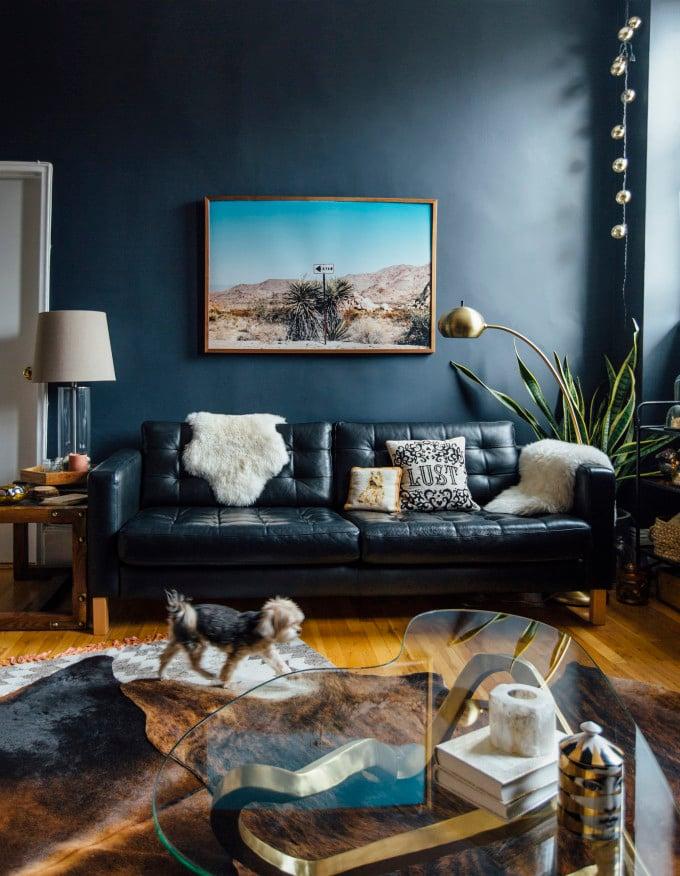 Zwart Leren Bankstel Design.A New Home And A New Bed A Cup Of Jo