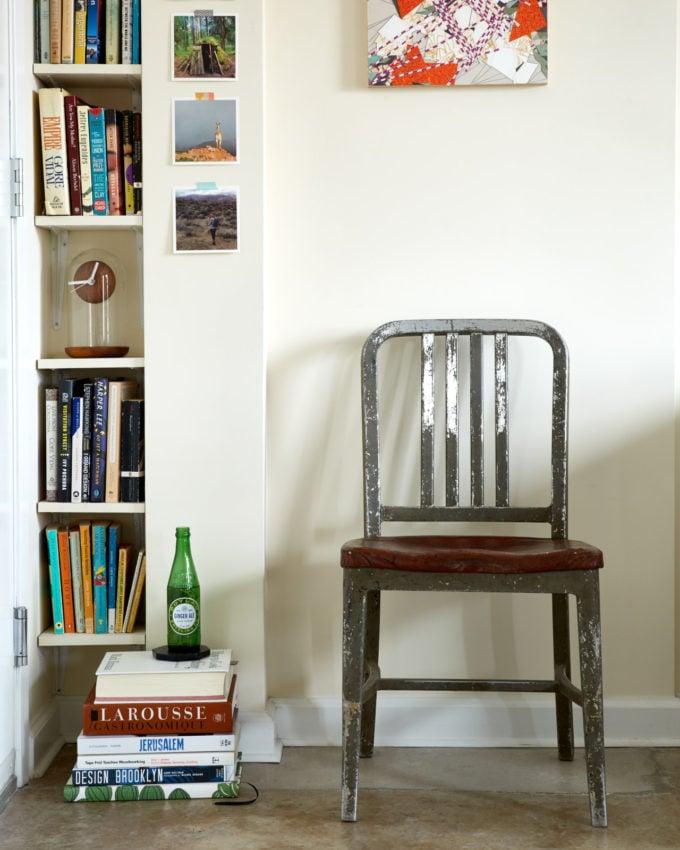 alex_kalita_book_corner