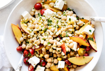 Tomato, Corn and Nectarine Chickpea Salad | www.kitchenconfidant