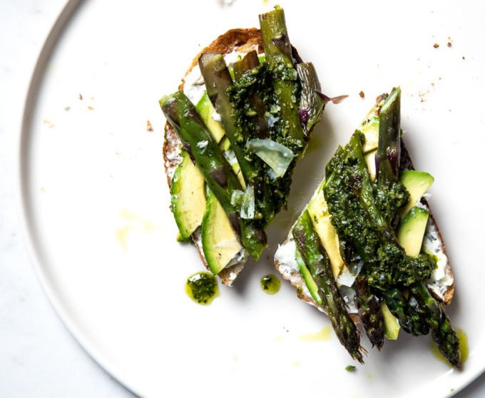 Avocado and Asparagus Tartines