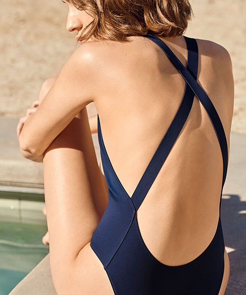 79b88fbc6c960 Pretty One-Piece Swimsuits