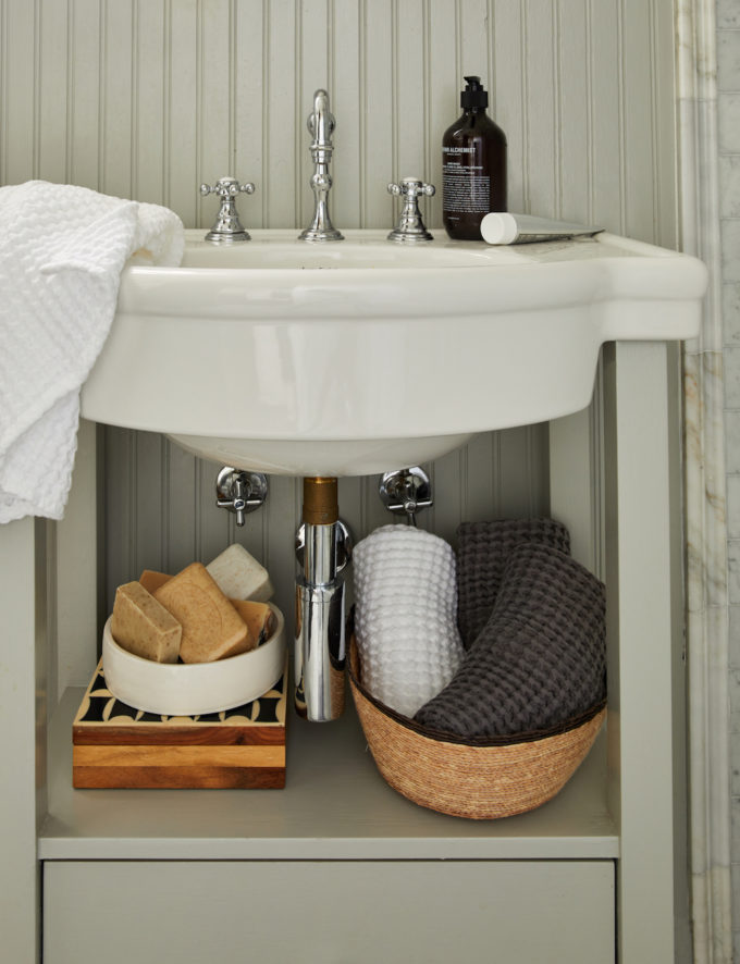 Bathroom Makeover Tips With Parachute
