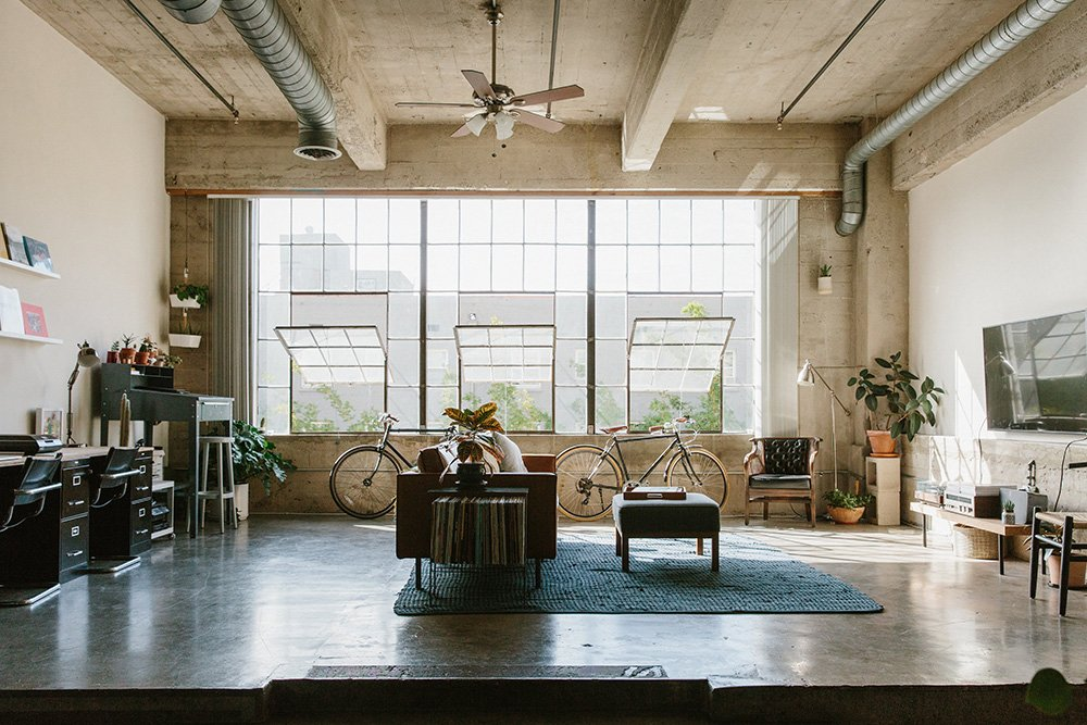 Charming A Bright Friendly Loft In Los Angeles Good Looking