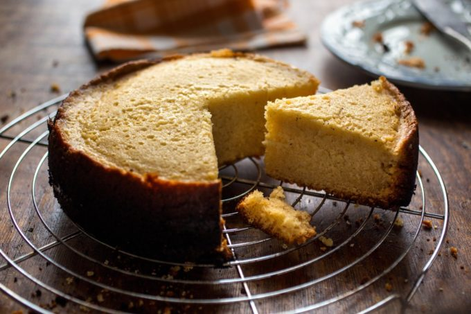 Crock-Pot Vanilla Cake