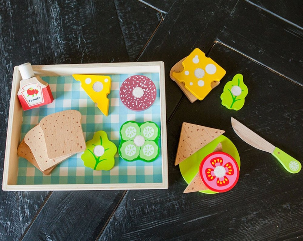 wooden sandwich toy set