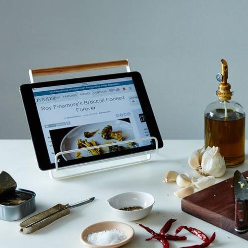 cookbook tablet stand