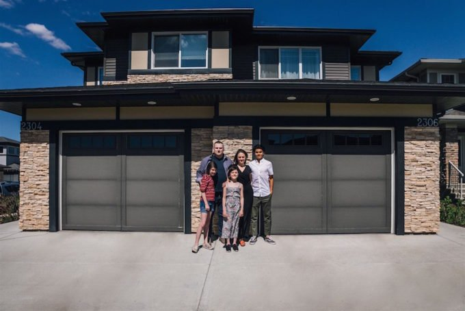 Edmonton Family with Conjoined Homes