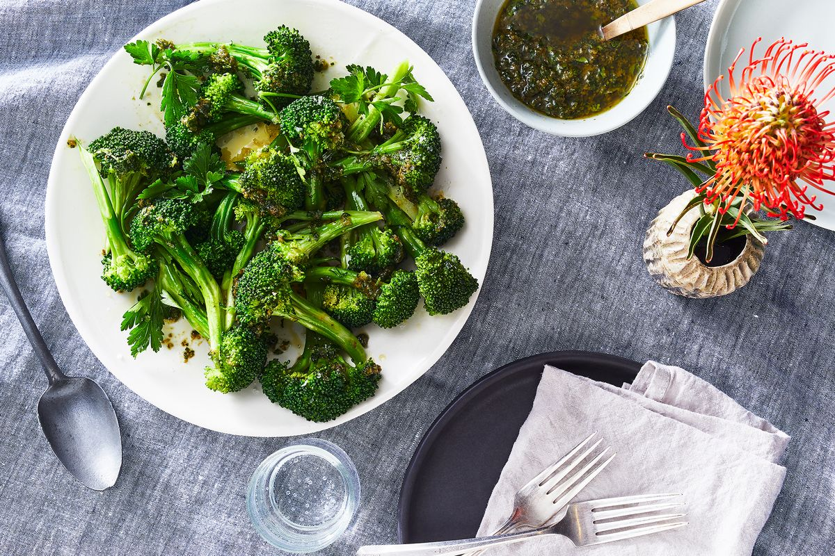 Steamed broccoli by Sarah Jampel
