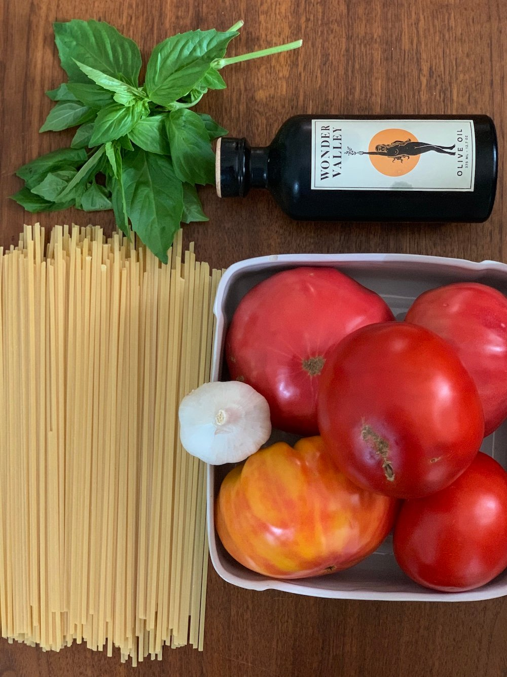 The Nora Ephron Tomato Sauce I Make Every Year