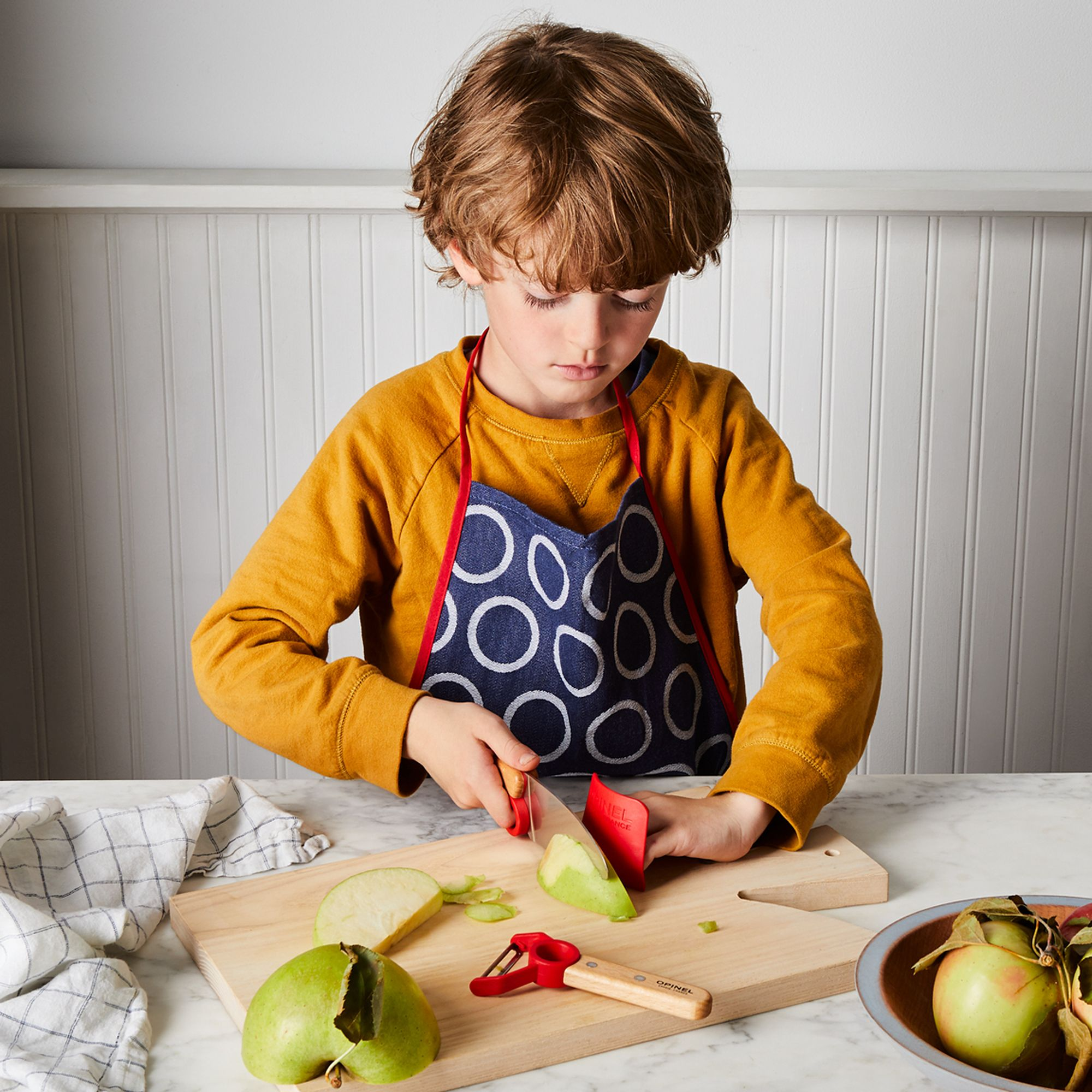 Opinel Kids Apron and Knife Kit