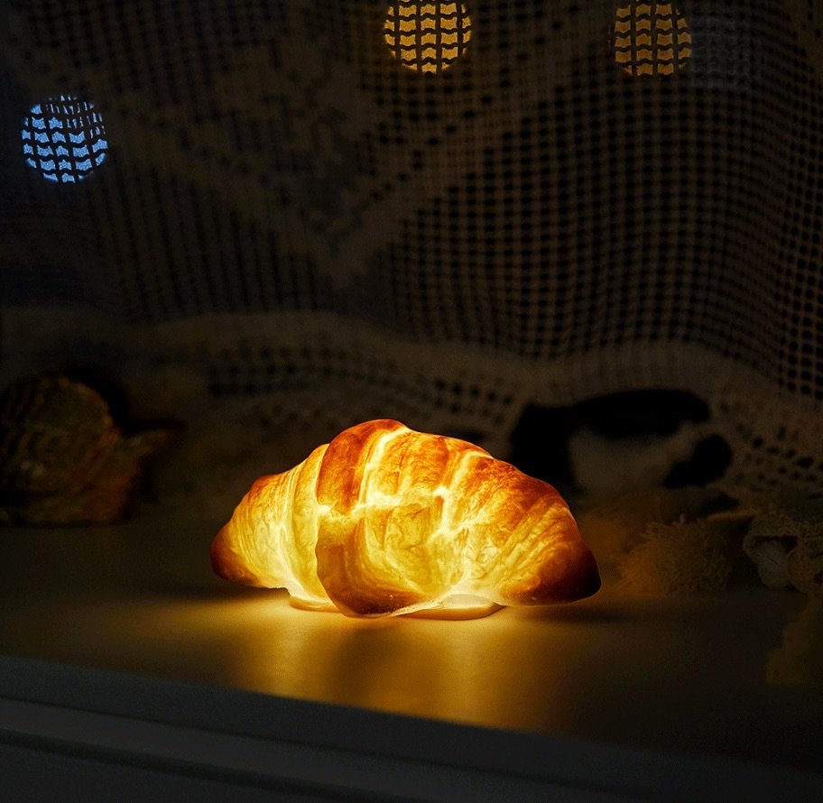 croissant lamp pampshade