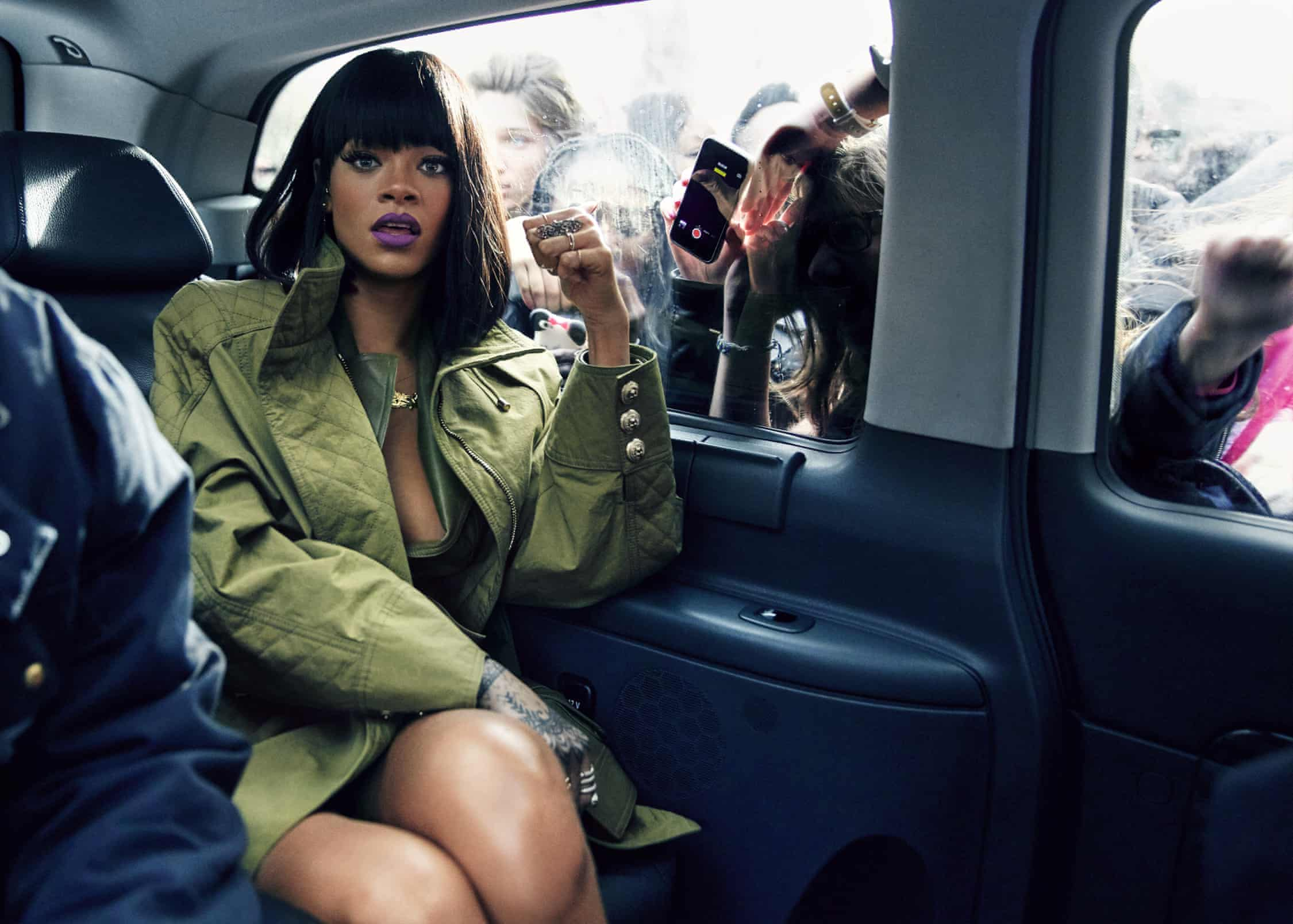rhianna in paris